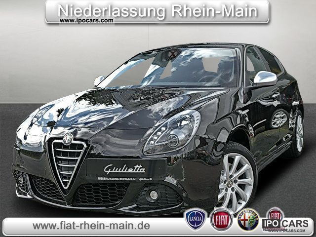 2011 Alfa Romeo  Giulietta 2.0 JTD Turismo (xenon leather climate) Limousine Demonstration Vehicle photo