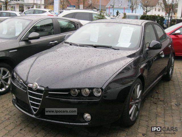 2011 Alfa Romeo  159 2.0 16V 125KW JTDM Turismo Limousine Demonstration Vehicle photo