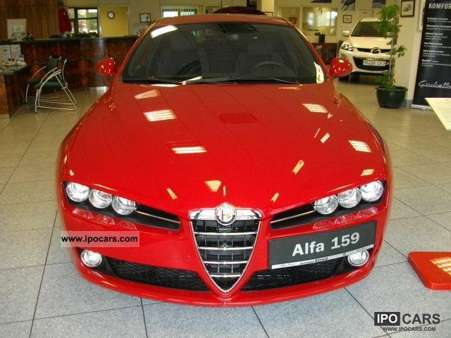 2011 Alfa Romeo  1.8TBI 159, Ti-sport package, leather-Alcantara Estate Car New vehicle photo