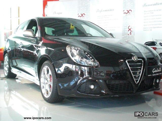 2012 Alfa Romeo  Giulietta QV Limousine Pre-Registration photo