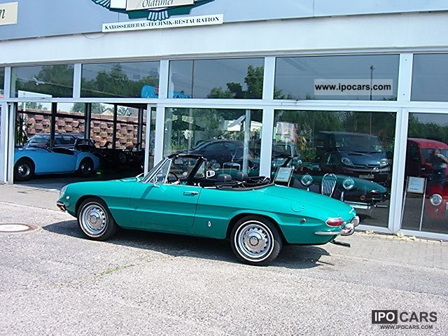 Alfa Romeo  Spider 1750 / round rear / 1969 Vintage, Classic and Old Cars photo