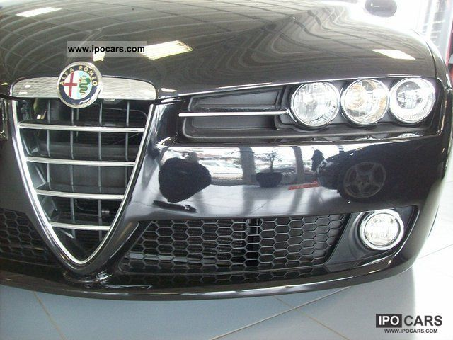 2011 Alfa Romeo  159 2.0 JTDM 16V DPF Ti / / NP: 36 460, - Estate Car Used vehicle photo