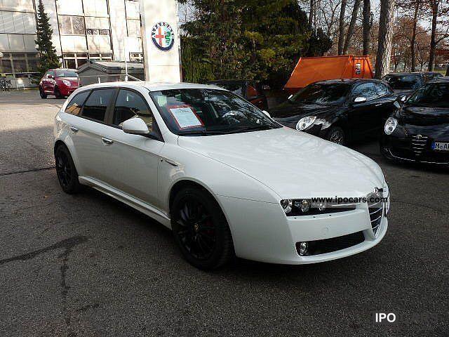 2012 Alfa Romeo  159 Sportwagon 2.0 JTDM 16V Turismo, Sport Package Estate Car Demonstration Vehicle photo