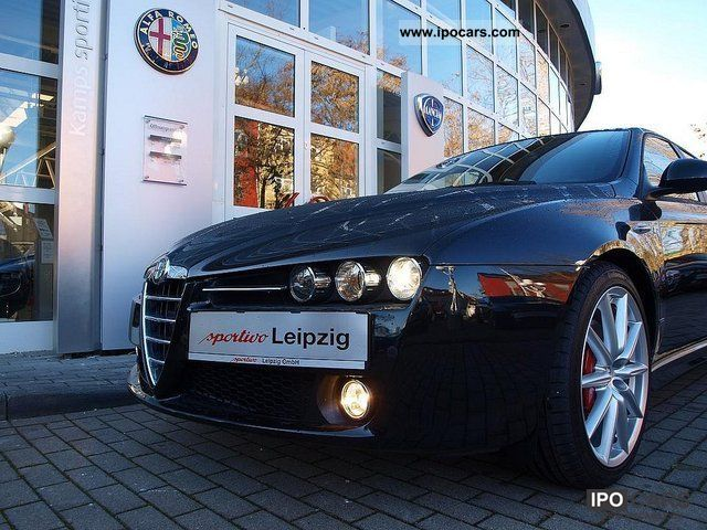 2012 Alfa Romeo  159 SW 2.0 16V Turismo JTDM * ti-* package Estate Car Demonstration Vehicle photo