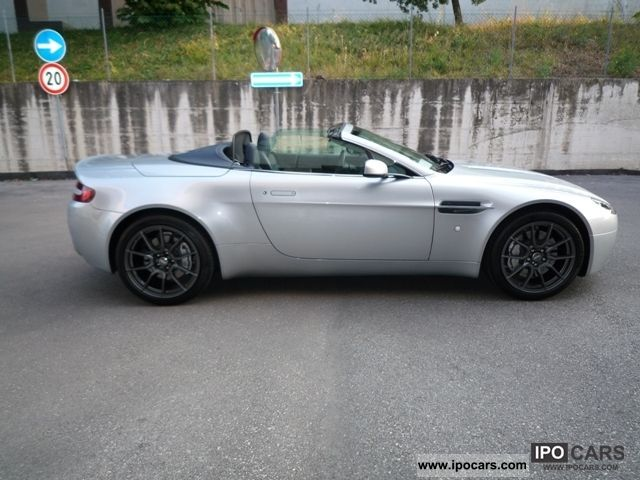 2009 aston martin vantage car photo and specs. Black Bedroom Furniture Sets. Home Design Ideas