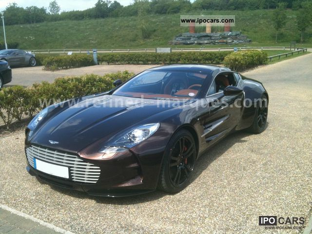 2011 aston martin one 77 car photo and specs. Black Bedroom Furniture Sets. Home Design Ideas