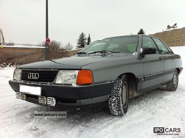 1990 Audi  100 2.3 E EURO2! Limousine Used vehicle photo