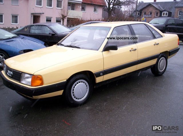 1986 Audi  100 ** For 1.Hand ** ** new TÜV Limousine Used vehicle photo