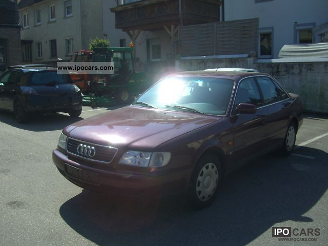 1994 Audi  100 C4 Limousine Used vehicle photo