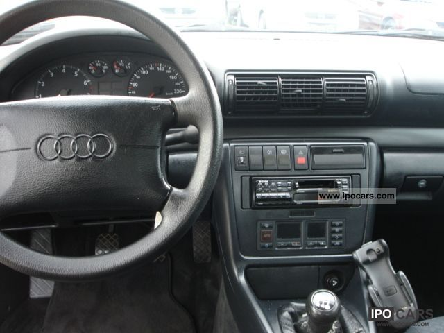 1995 Audi A4 1.8 - Car Photo and Specs