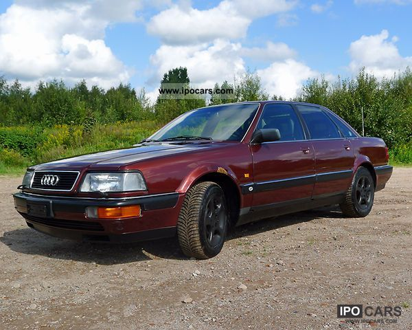1992 Audi  4.2 liter V8 aut. Now special price exclusively Limousine Used vehicle photo