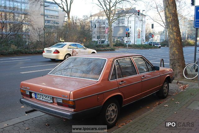 Audi  100 1976 Vintage, Classic and Old Cars photo