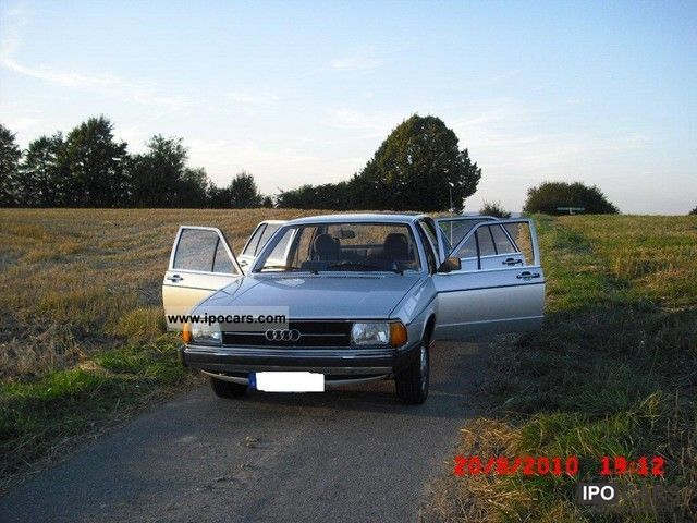 Audi  100 1978 Vintage, Classic and Old Cars photo