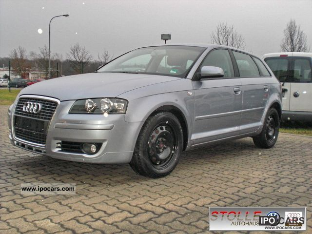 2004 Audi  A3 1.6 FSI Sportback Attraction Estate Car Used vehicle photo