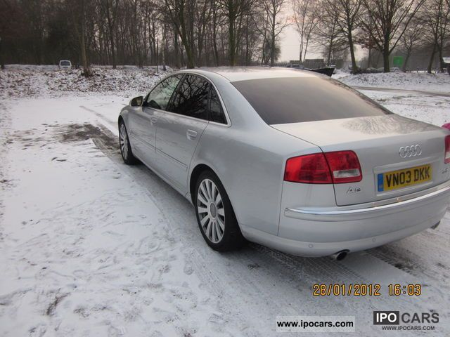2003 Audi  A8 4.2 quattro Limousine Used vehicle photo