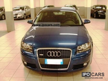 2004 Audi  A3 Sportback 1.6 FSI Ambition Limousine Used vehicle photo