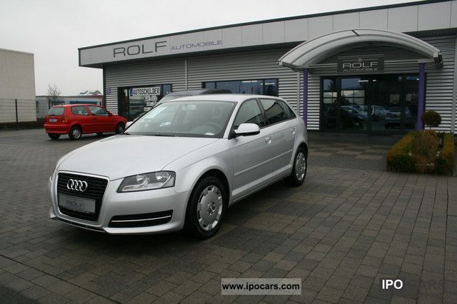 2010 Audi  A3 1.2 / FSI / Sportback / AIR / RADIO CD Limousine Used vehicle photo