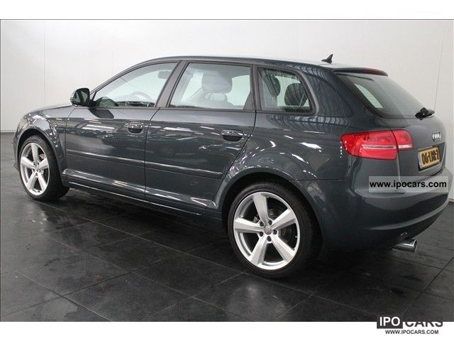 2010 audi a3 sportback 1 6 tdi 105 attr pl bns a car photo and specs. Black Bedroom Furniture Sets. Home Design Ideas