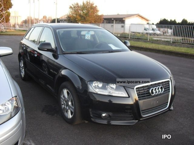 2010 Audi  A3 SPB. 1.6 TDI CR F.AP. Attraction Limousine Used vehicle photo