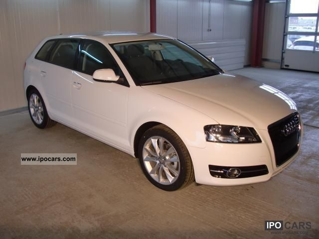 2011 Audi  A3 Sportback 1.9 TDI Attraction speed / Air Car Limousine New vehicle photo