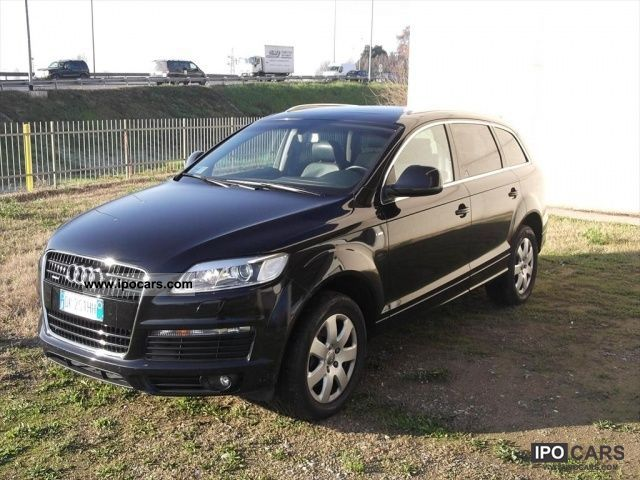 2007 audi q7 4 2 v8 fsi quattro tiptronic 4 2 v8 fsi quat car photo and specs. Black Bedroom Furniture Sets. Home Design Ideas