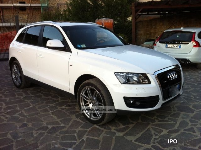 2010 audi q5 3 0 tdi v6 f ap quattro s tronic car photo and specs. Black Bedroom Furniture Sets. Home Design Ideas