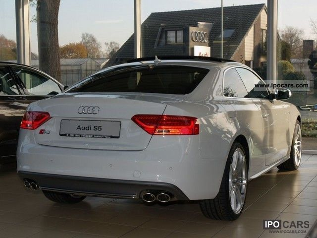 2012 audi s5 coupe 3 0 tfsi quattro s tronic facelift nav. Black Bedroom Furniture Sets. Home Design Ideas