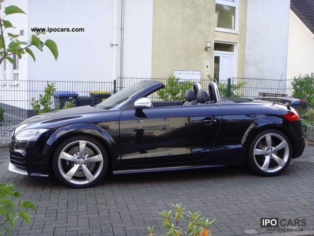 2012 audi tt rs roadster s tronic car photo and specs. Black Bedroom Furniture Sets. Home Design Ideas