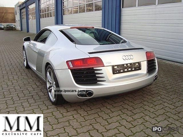 2011 Audi  R8 4.2 FSI quattro R tronic Sports car/Coupe Used vehicle photo