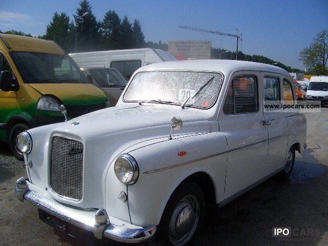 Austin  London cab 7 seater limousine 1969 Vintage, Classic and Old Cars photo