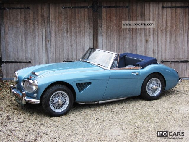 1962 Austin Healey  3000 Mk2 BJ7. Completely restored big Healey. Cabrio / roadster Classic Vehicle photo