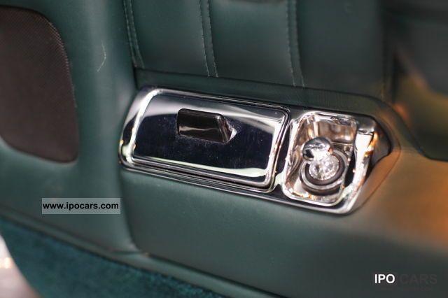 1996 Bentley Brooklands Limousine Used vehicle photo 6