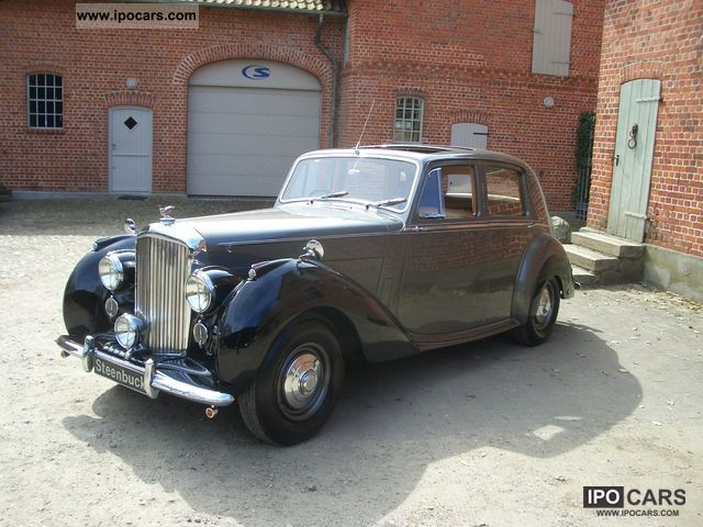 Bentley  4 1/2 liter MK VI 1951 Vintage, Classic and Old Cars photo