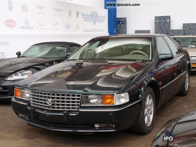1995 Cadillac  STS Seville Northstar 32V VOLLAUSSTATTUNG Limousine Used vehicle photo