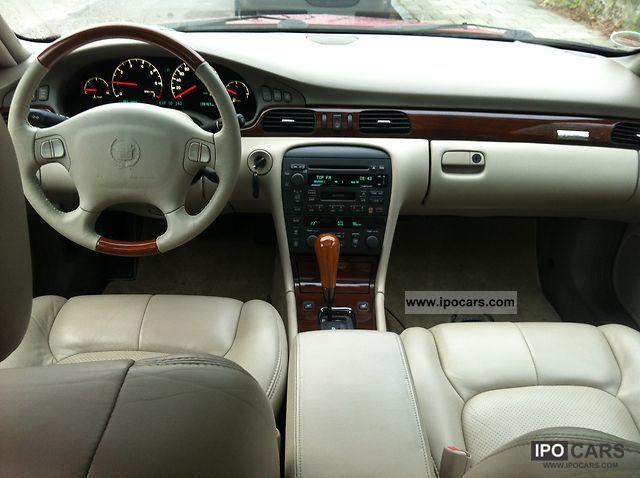 2000 Cadillac Sts Car Photo And Specs