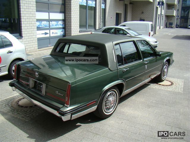 1985 Cadillac Fleetwood  Car Photo and Specs