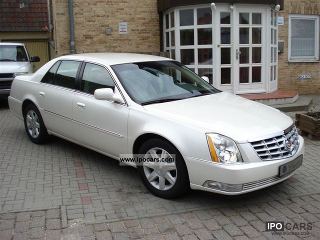 is a 2005 cadillac deville dts a good vehicle. Black Bedroom Furniture Sets. Home Design Ideas