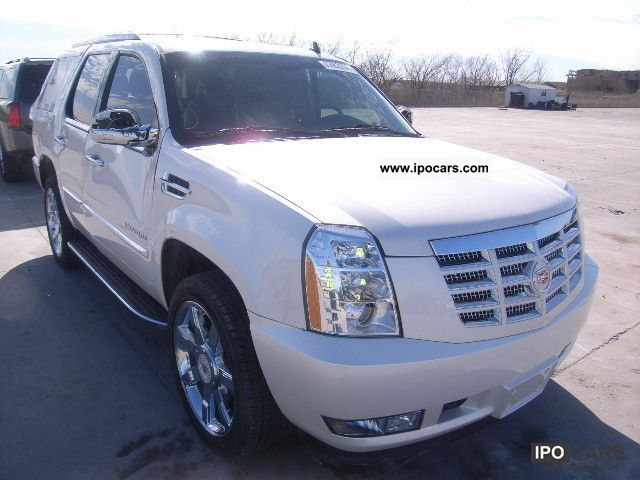 2012 Cadillac  ESCALADE Limousine Used vehicle 			(business photo