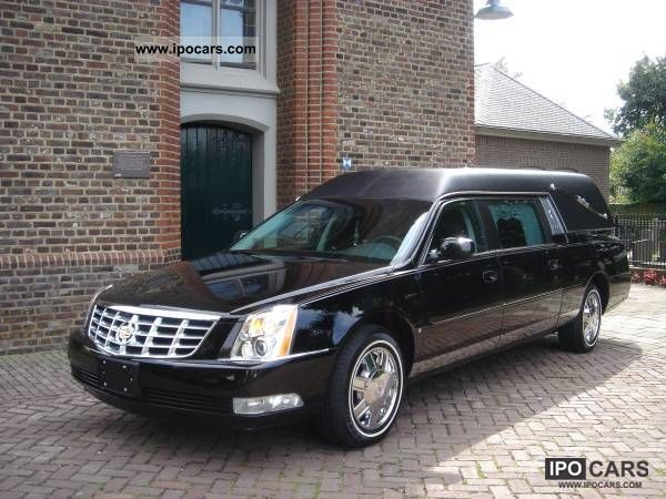 2012 Cadillac  DTS funeral car / hearse / funeralcar Other Demonstration Vehicle photo