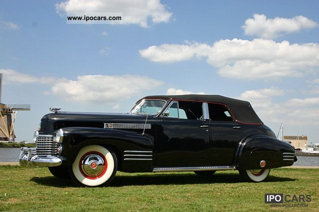 Cadillac  Convertible Sedan 1941 Vintage, Classic and Old Cars photo