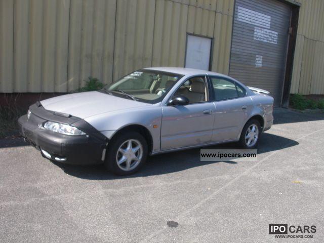 2000 Chevrolet  Alero 3.4 V6, leather, automatic Limousine Used vehicle photo