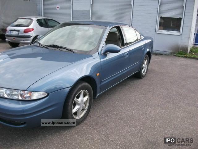 1999 Chevrolet  Alero 2.4 16V, air, leather, Automatig Limousine Used vehicle photo