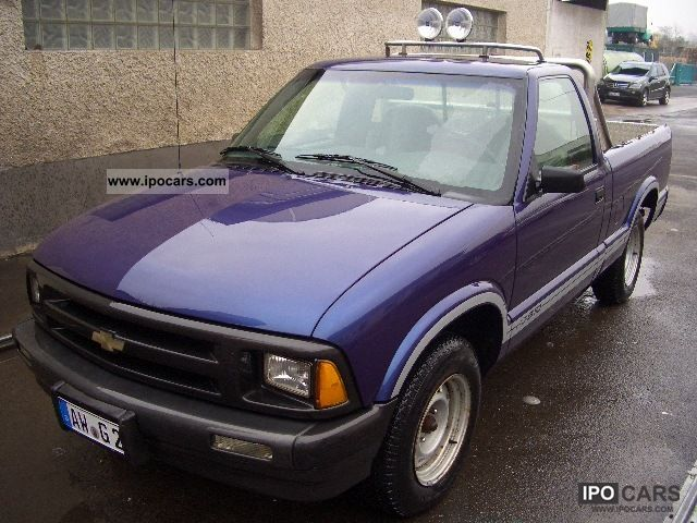 1994 Chevrolet  S-10 Off-road Vehicle/Pickup Truck Used vehicle photo