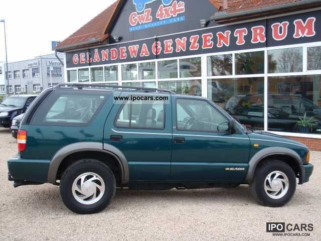 1996 Chevrolet  4.3 Blazers 'LT' air, heater, leather Off-road Vehicle/Pickup Truck Used vehicle photo