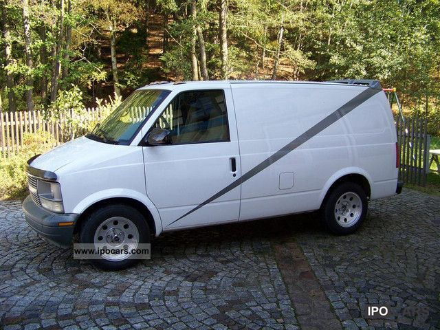 2003 Chevrolet  Astro cargo van truck certification Van / Minibus Used vehicle photo