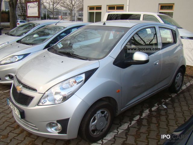 2010 Chevrolet Spark 1 0 Ls Air 5 Door Car Photo And Specs