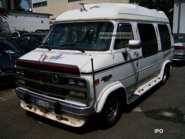 1992 Chevrolet  20 Chevy Van Van / Minibus Used vehicle photo