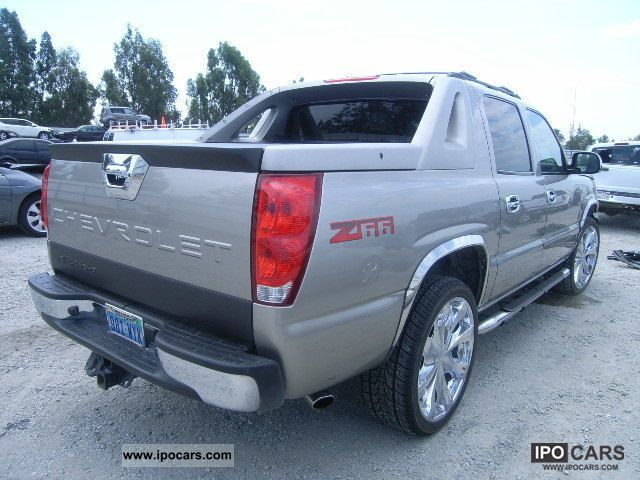 2003 chevrolet avalanche car photo and specs. Black Bedroom Furniture Sets. Home Design Ideas