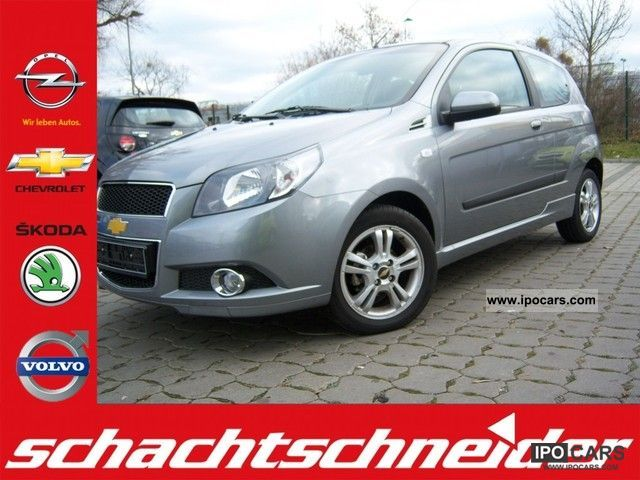 2011 Chevrolet  Aveo 1.4 LT, automatic air conditioning, Small Car Used vehicle photo