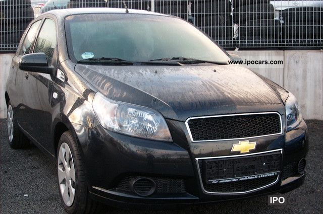 2011 Chevrolet  Aveo 1.2 LS 5-door car with air Small Car Used vehicle photo